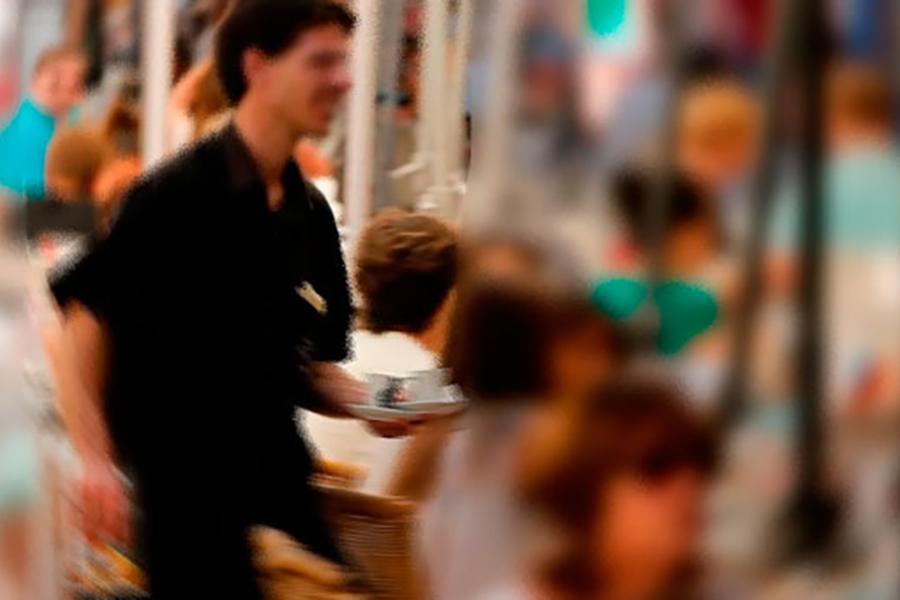 La estacionalidad y el fraude en la contratación temporal explican el aumento del paro en agosto